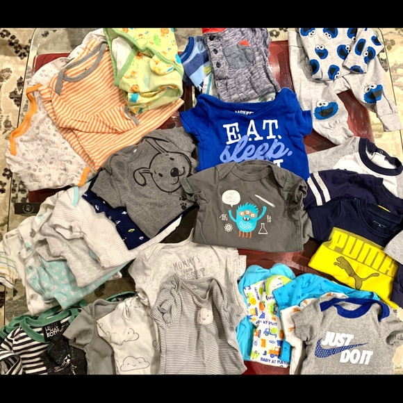 Huge lot for 0-3m boy. Everything is as new